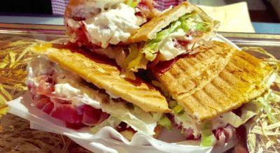 La Mangiatoja - Il panino più lungo di Torino