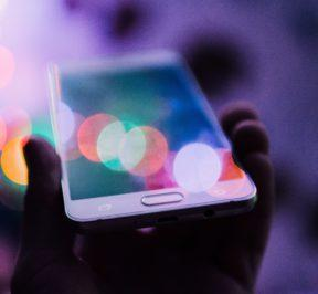 STORIA - come viene percepita nell'era digitale